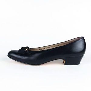 Salvatore Ferragamo Lillaz Classic Pump Shoes 9AA